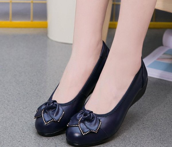 2019 Women's shoes in Spring and Autumn with New style flat bottom round head bowknot mother shoes@688