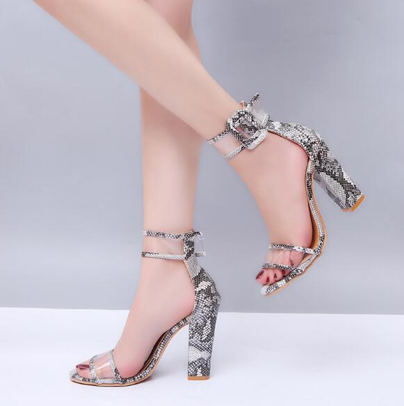 Free shipping Europe and the United States explosion models 2018 new women's shoes large size 34-43 hollow buckle high heel sandals women2