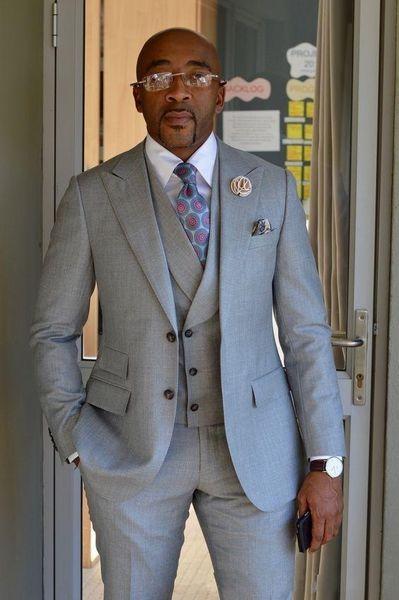 Fashion Light Grey Groom Tuxedos Notch Lapel Mens Wedding Tuxedos Excellent Man Jacket Blazer 3 Piece Suit(Jacket+Pants+Vest+Tie