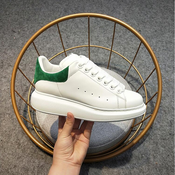Queens Brand chain oversized Fashion leather casual shoes for women men black gold fashion comfortable flat sneaker