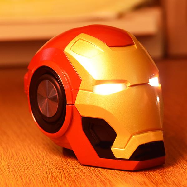 Einteiliger IronMan Bluetooth-Lautsprecher mit LED-Blitzlicht Tragbarer drahtloser Subwoofer Unterstützung TF-Karte FM-Radio Cartoon HiFi Boom-Lautsprecher