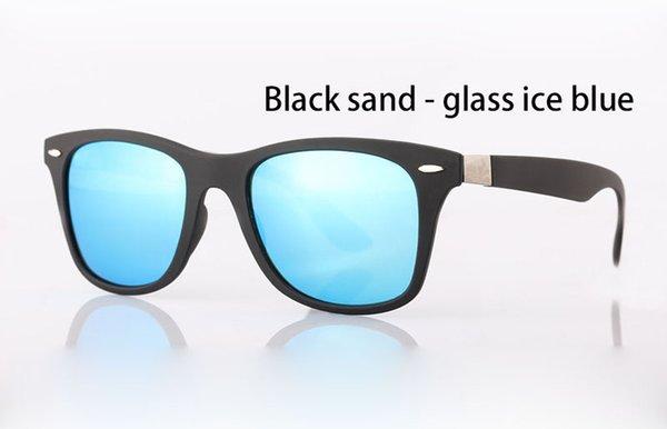 arena negro hielo azul