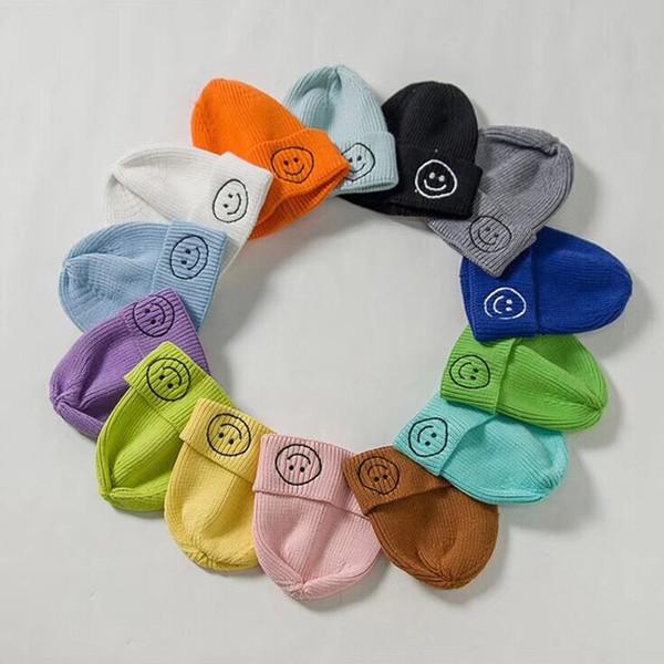 Sombreros para bebés Otoño Sombrero para bebés para niños Niñas Gorro de punto suave Invierno Cálido Sonrisa Imprimir Sombreros elásticos Gorras para niños Accesorios para el cabello