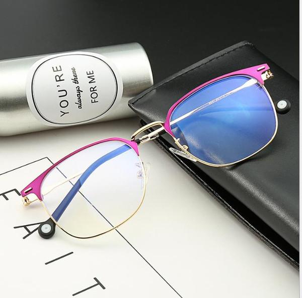 La montatura per occhiali a prova di raggi Blu può essere abbinata a occhiali letterari alla moda con montatura per occhiali miope