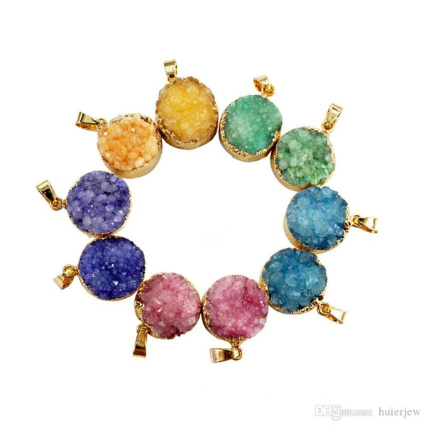 Gazela Moda Natureza Pingentes De Pedra Drusy Rodada Hot Sales Bezel Irregular Mix Color Encantos Onyx Geode Para Colar