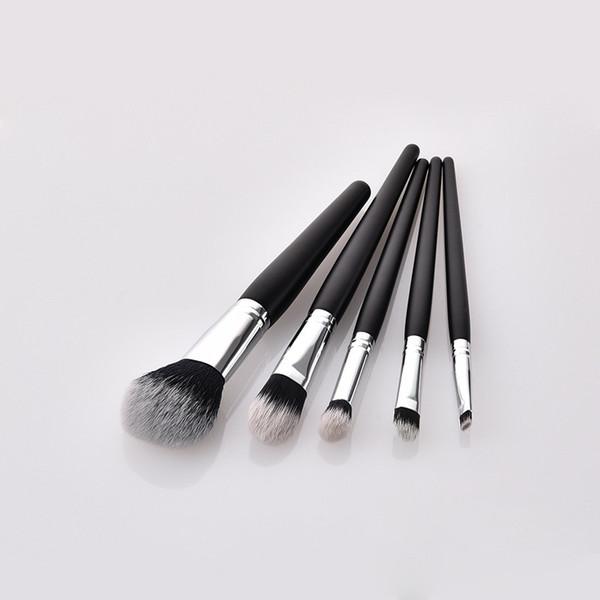 f6ae66dc6844 Travel Portable Mini Eye Makeup Brushes Set Reals Eyeshadow Eyeliner  Eyebrow Brush Lip Make Up Brushes Kit Makeup Sale Makeup Samples From ...