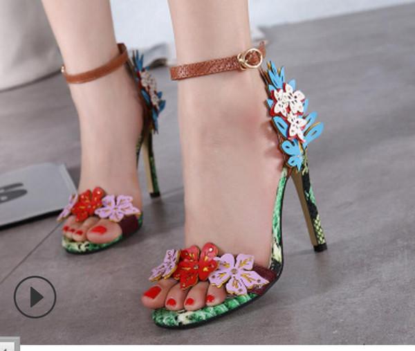 Novo estilo de marca de frete grátis das Mulheres de Salto Alto Sandálias de verão sapatos de festa de Casamento da noite calcanhar partido 11 cm de impressão de cobra senhora sapatos