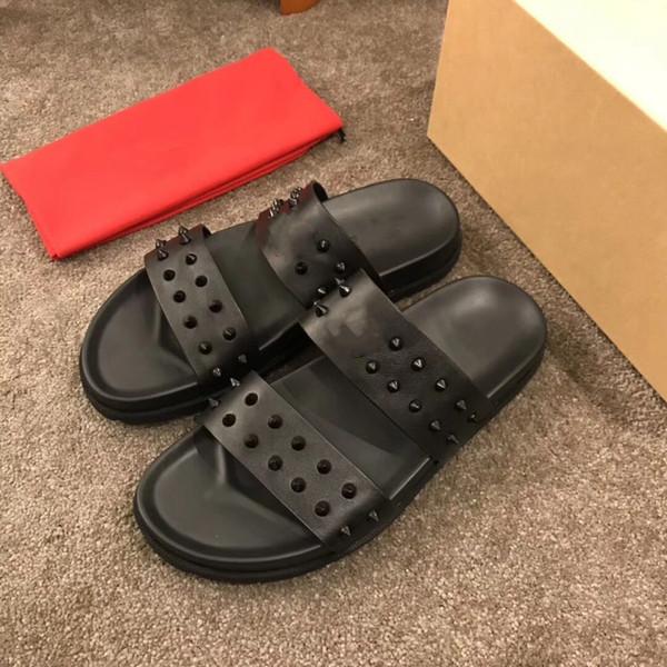 19 Fashion Flat Thick Sandals Sandal Brocart Floral Pantoufles Eté Baskets Baskets Tongs CL.CL rayées Pantoufles causales en cuir pour la plage 36-45