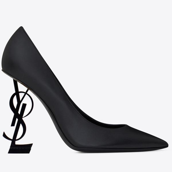 Marka yeni Seksi tasarımcı ayakkabı Kadın Yaz Toka Askı Perçin Sandalet Yüksek topuklu ayakkabılar Sivri Burun Moda moda Tek Yüksek topuk pompaları