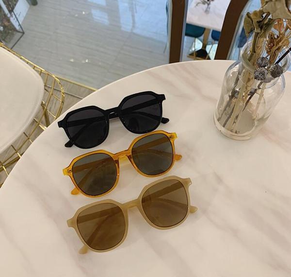 Новое Поступление Дизайнер Пилот женские Солнцезащитные Очки Для Мужчин Женщин Outdoorsman мужчины Солнцезащитные Очки Очки Стеклянные Линзы