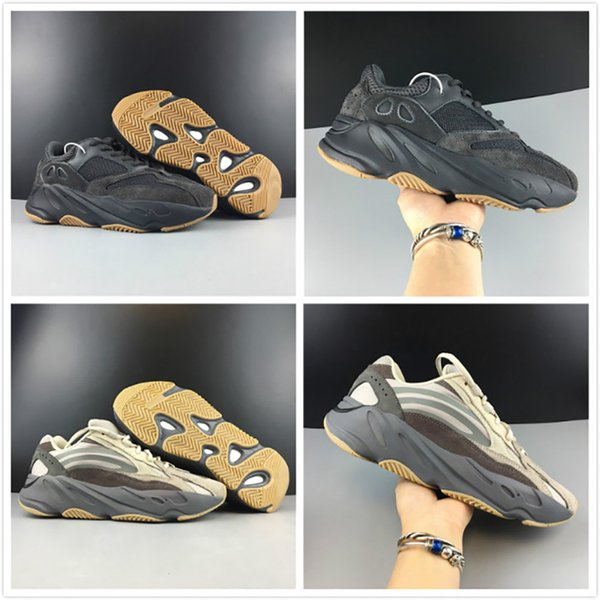 Black Tephra Runner sneakers