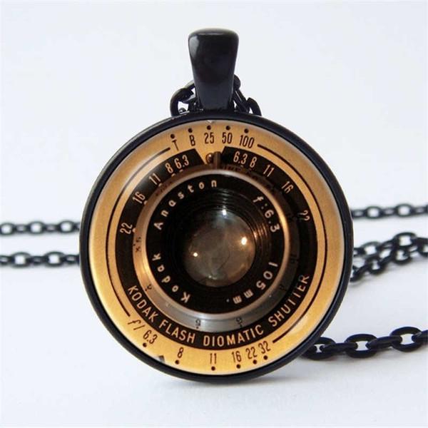 Nuova collana creativa del pendente di modo Collana di obiettivo dell'oro Collana della macchina fotografica dei gioielli della lente della collana Regalo della macchina fotografica Obiettivo di macchina fotografica d'annata tecnologico