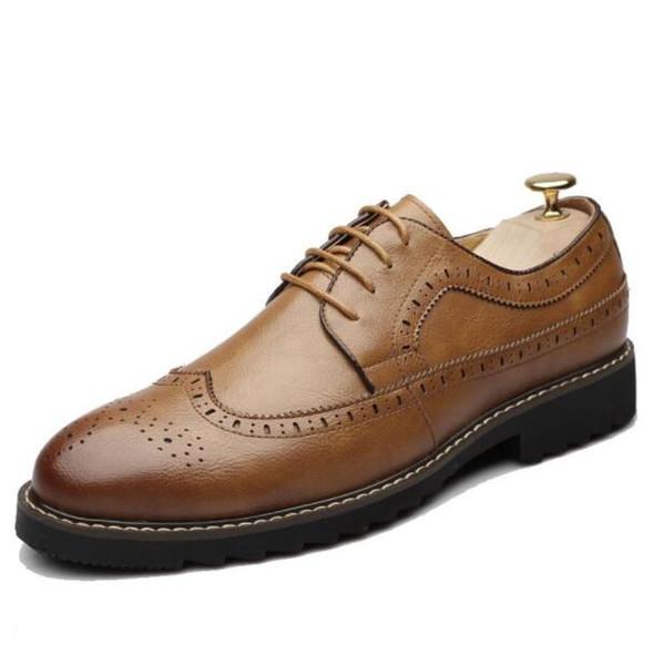 High Quality Leather Men Brogues Shoes Lace-Up Bullock Business Dress Men Oxfords Shoes Male Formal Shoes d2a26