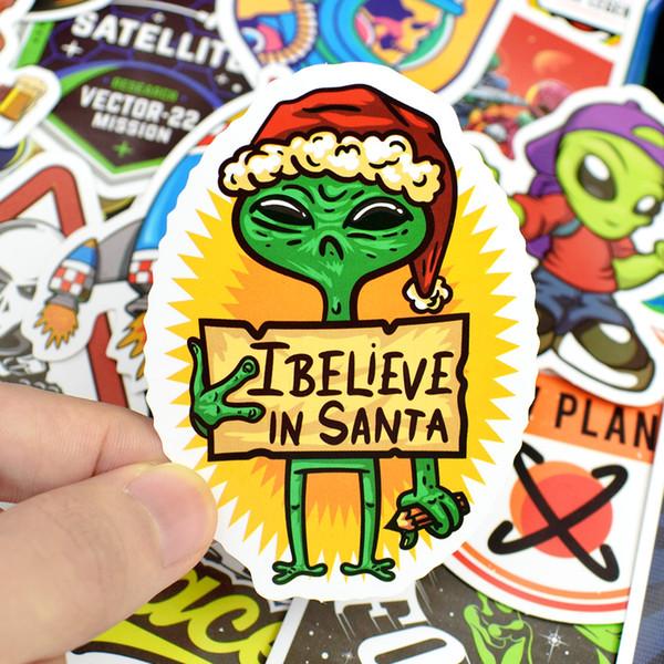 Espaço Exterior Adesivos Brinquedos para Crianças Alienígena UFO Astronauta Foguete Planeta Adesivo para Scrapbooking Skate Laptop 50 Pçs / lote B11