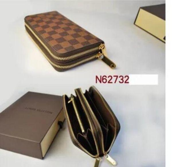 WALLET VERTICAL es la forma más elegante de llevar dinero, tarjetas y monedas. Famoso portador de tarjeta de monedero de cuero para hombres de diseño famoso Business X1