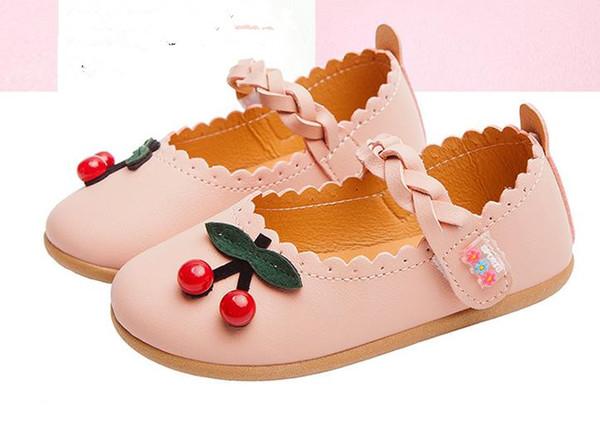 Outono Novos Sapatos Infantis para a Menina Da Criança Chinelos Tenis Infantil Crianças Sapatilhas Forma Do Coração Branco Amor Sapato de Bebê