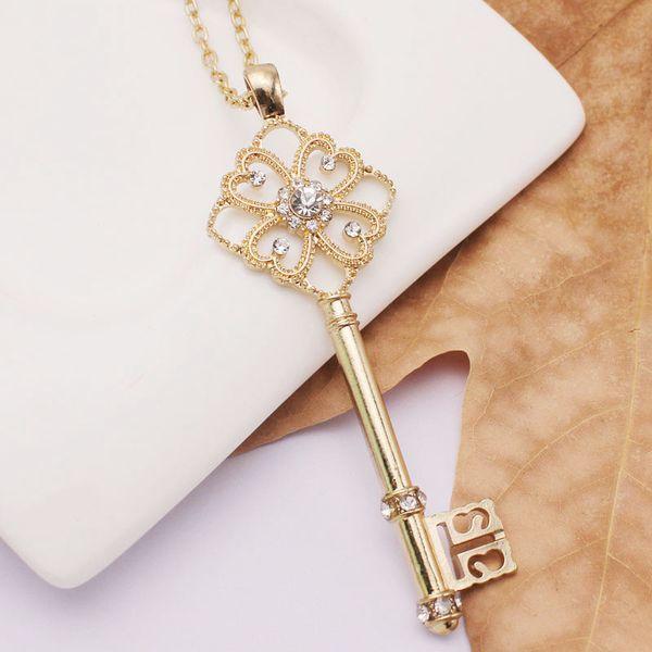 Liga de diamantes longo cravejado de diamantes Trevo de Quatro folhas Pingente Colares Longa Faixa de Felicidade Mosaico de Bloqueio Pingentes de Cristal Colares camisola cadeia