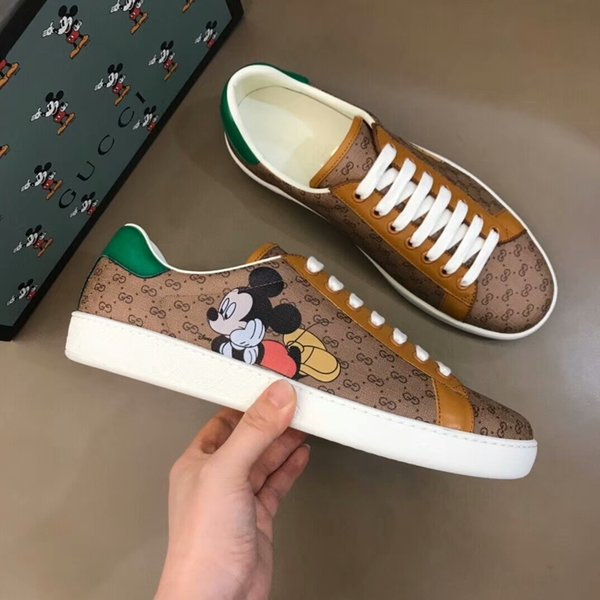 best selling 2020 new luxury fashion designer sneakers leather platform vintage high quality women mens shoes Mickey cartoon print Ace Bee Stripes 14-516