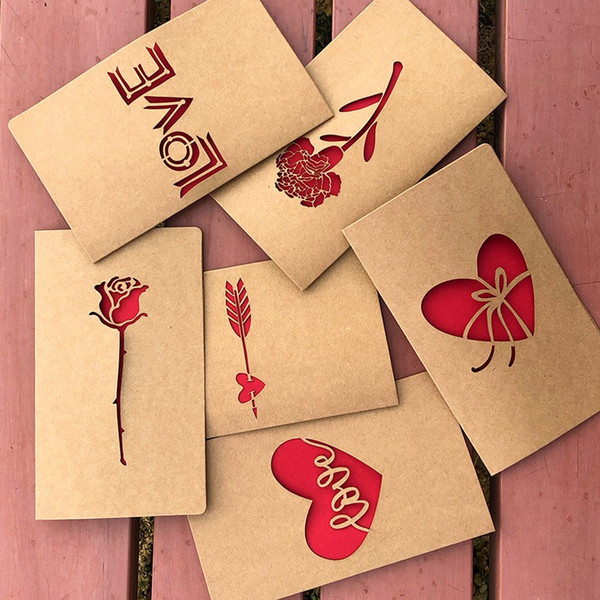 Carte di benedizione di carta Kraft di rettangolo Vintage Rose Flower Love Heart Design Invitations Cartolina d'auguri di San Valentino durevole 0 95mg BB