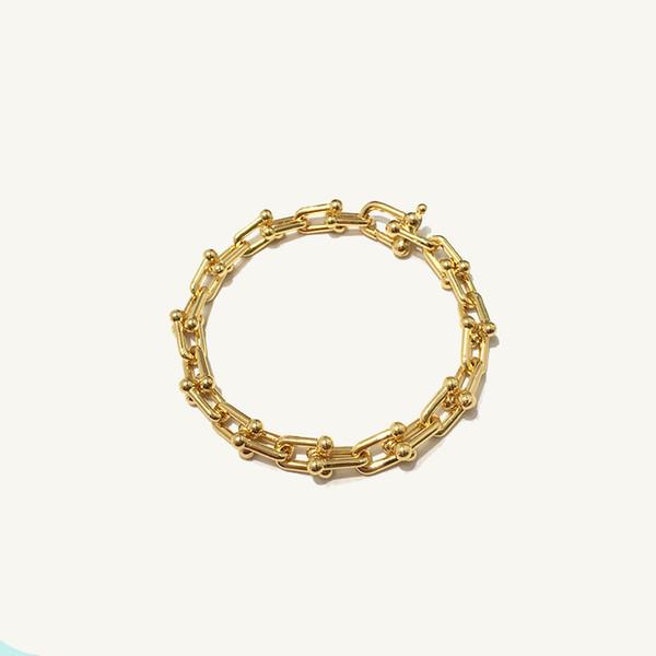 or jaune pour les femmes