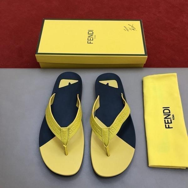 New men's flip-flops stylish and casual style exquisite workmanship comfortable foot Beach flip flops for men