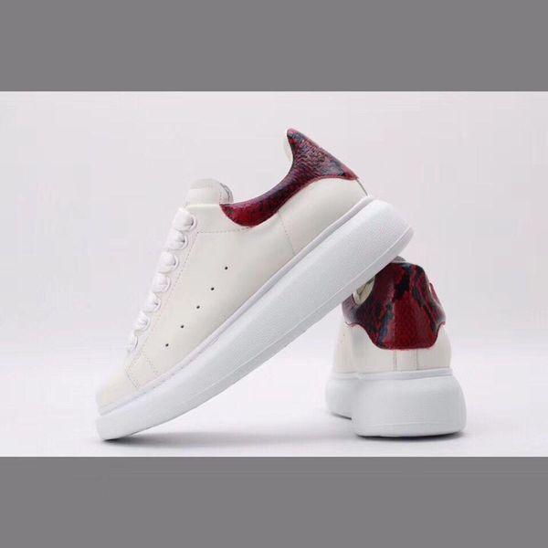 Luxe Triple S Designer Bas Vieux Papa Sneaker Combinaison Semelles Hommes Femmes Mode Casual Chaussures Haute Qualité Top ydyl190304