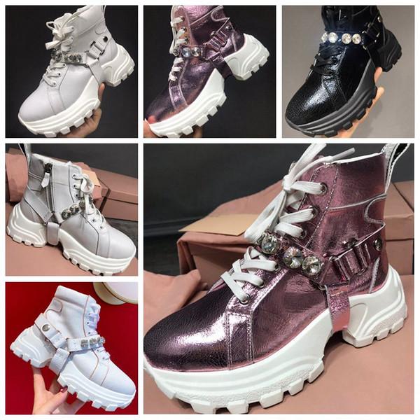 Pelle con CRISTALLI kadın ayakkabı 2020 tasarımcı ayakkabı düz renk elmas bandaj çatlak dekorasyon gündelik ayakkabılar sonbahara kadar kişiselleştirilmiş