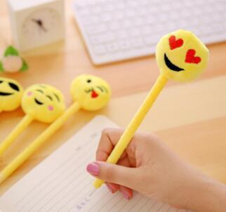 Canetas dos desenhos animados Estudante Estudo Artigos de Papelaria Plush Sorrindo Rosto QQ Emoji Caneta Esferográfica Presentes Para Crianças H077
