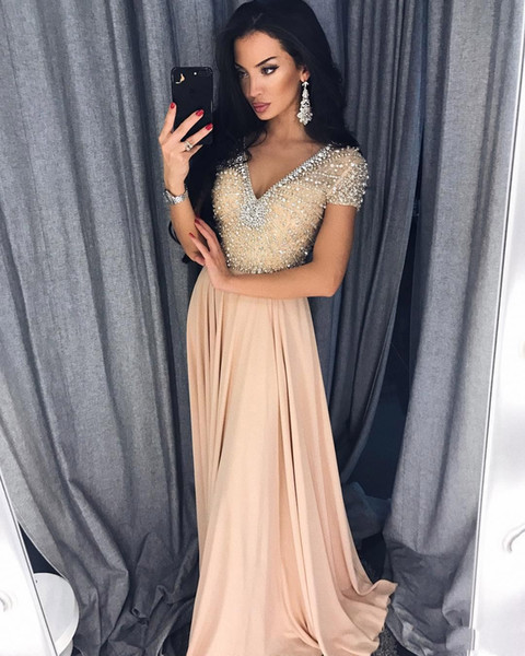 Sexy Crystals Beaded 2019 Evening Dresses V Neck A Line Short Sleeve Prom Dresses Chiffon Pageant Bridesmaid Formal Party Gowns