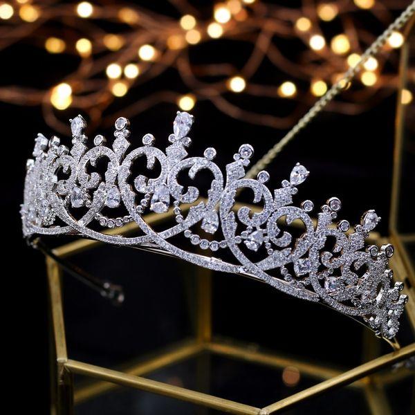 2018 Yeni Moda Barok Lüks Kristal Gelin Taç Tiaras Işık Altın Kadınlar Için Diadem Tiaras Gelin Düğün Saç Aksesuarla J 190430