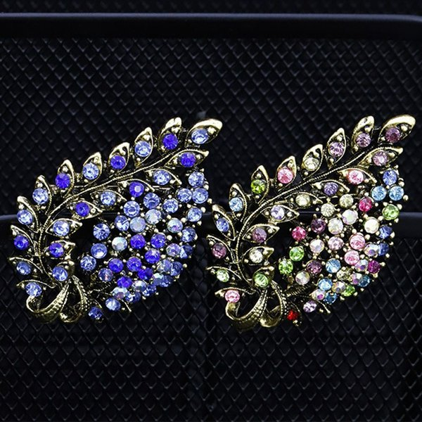 2019 NOUVEAU Délicate Feuille Boutonnière Broches Broches pour Femmes Vintage Alliage Cristal Broche Costume Vêtements Accessoires Décor Bijoux