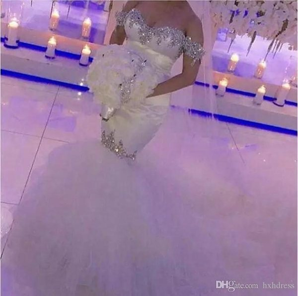 2019 New Bling Crystal Wedding Dresses Off Shoulder Mermaid Bridal Gowns Unique Cutting Robe De Mariage Backless Wedding Dress Plus Size