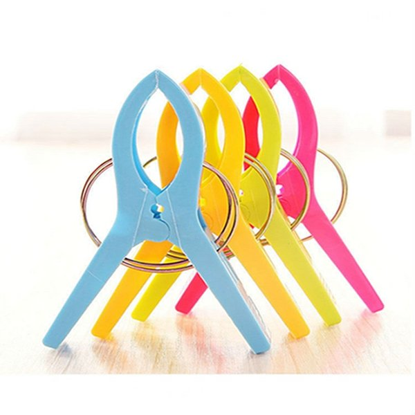 Beach Towel Clips Plastic Windproof pegs for hanging clothes Plastic Quilt Clips Quilt Clamp Holder Racks
