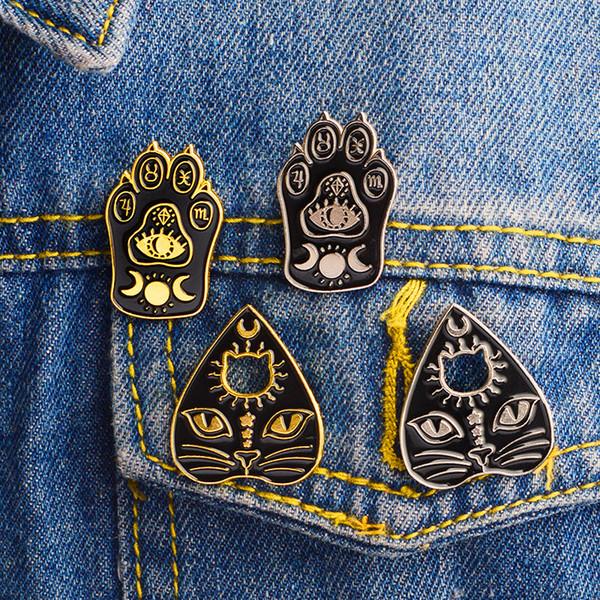 Estilo punk Bruxa Cor de Ouro Engraçado Esmalte Broches Pinos para As Mulheres Camisa de Demin de Natal Decoração Broche Pin Metal Kawaii Emblema Moda Jóias