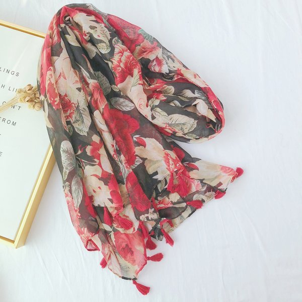 Ms. Scarf New Retro Ethnic Style Passion Red Printed Cotton and Linen Scarf Decorative Silk Scarf Beach Towel