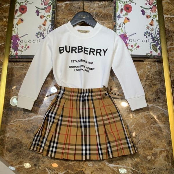 Ropa de diseñador para niños, traje para niños, cuello redondo, traje de costilla, material de tejido de punto, conjunto de dos colores, niño opcional