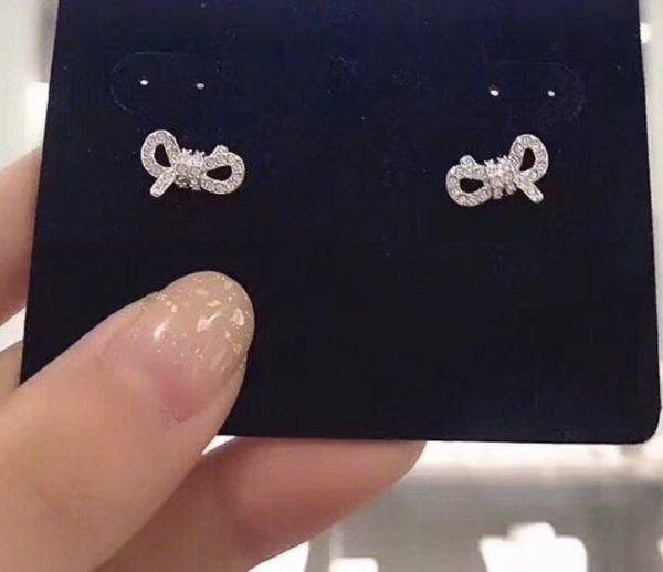 Mükemmel küpe Bayanlar aksesuarları Yeni satış elmas takı için tanrıça gümüş 925 küpe Avusturya kristal çiviler ayar bohemia