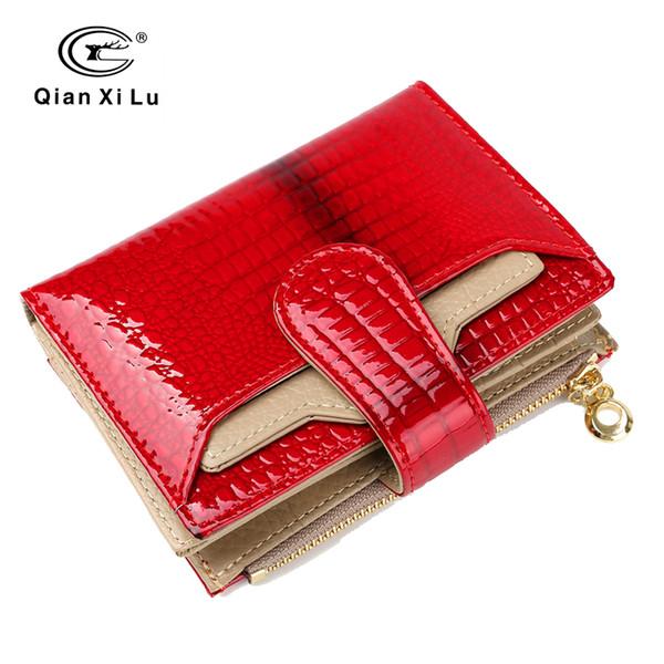 Großhandel Mode Leder Frauen Geldbörsen Kurze Geldbörse Kleine Brieftasche Münztasche Echt Lackleder Kartenhalter Tasche Brieftasche Für Frau Von