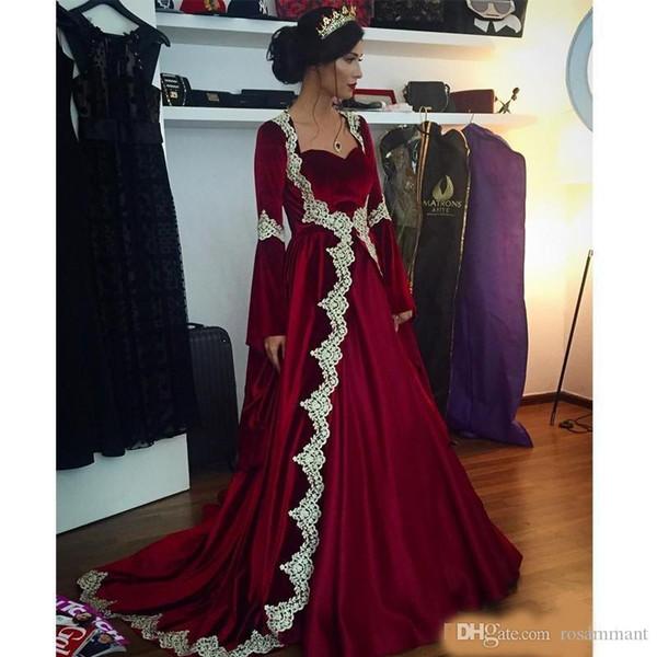 Nuevos vestidos de noche árabes de manga larga de Dubai Kaftan 2019 Terciopelo de Borgoña caliente con apliques Vestidos de fiesta musulmanes vintage largos