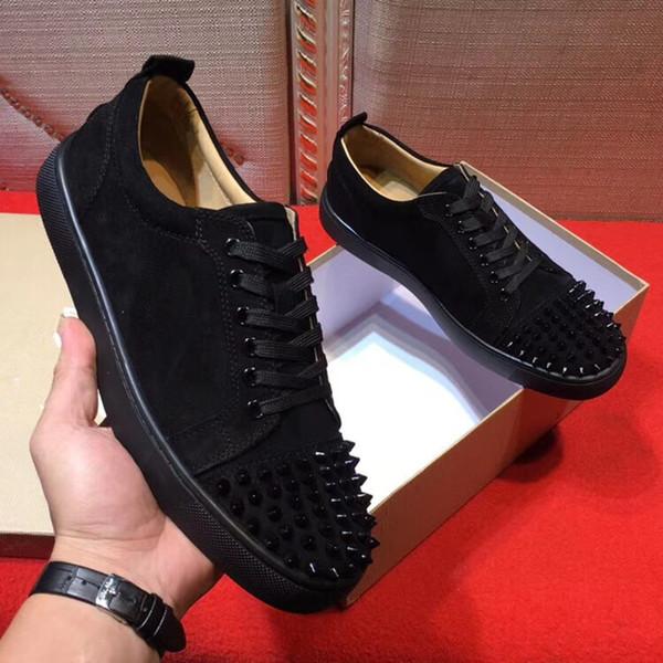 2019 Novo Designer De Sapatilhas Preto Low Cut Spikes Flats Sapatos Famosos Red Bottom Homens E Mulheres Sapatilhas De Couro Partido Sapatos De Grife De Moda