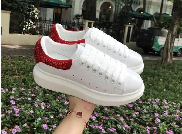 Chaussures blanches version 2018 mise à niveau de l'automne de la même étoile avec le muffin épais fond plat en cuir strass chaussures de sport femmes yh889601