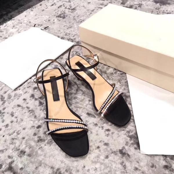Sandales à talons mi femmes cheville sangle sandales luxe chaussures de soirée en cuir noir cristaux de mode sandale chaton talon sandales à bout carré