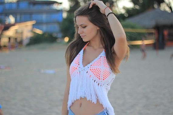 Handmade crochet crochet bikini top sexy beach crop top, hanging neck top tassel pool, spa yacht bikini top