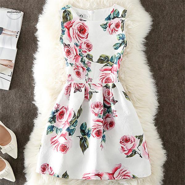 Robe d'été Femmes A-ligne imprimé fleurs Maxi Party Vintage Robes élégant Cap manches manches robe de dames Vestidos Vêtements Designer