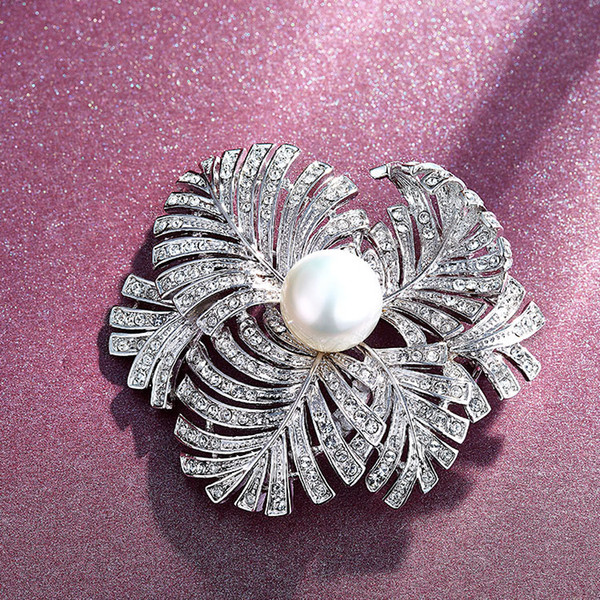 Wedding Party beaded pearl gift woman lady diamond jewelry Brooches for bride acting initiation graduation CDE-1240