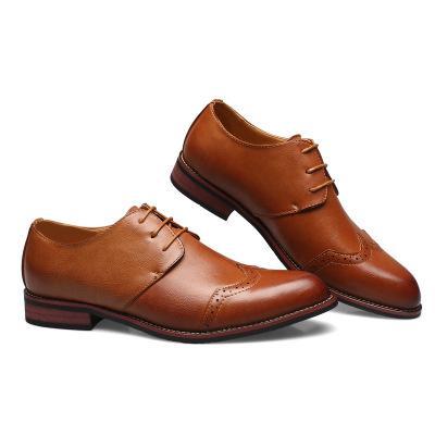 Neue Herrenschuhe, Trendy Herren Lederschuhe, Block luftdurchlässige Hersteller, Direktverkauf von luftdurchlässigen Mode Jugend Krawatte Männer Single