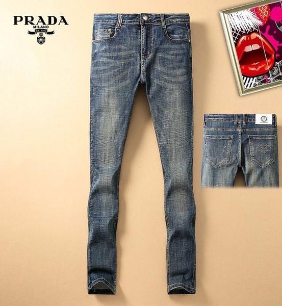 19 летних красивые моды джинсов мужской Европа и высокого класс тонких ног штанов Соединенных Штатов Америки микро-упругой молодежь диких джинсы T21