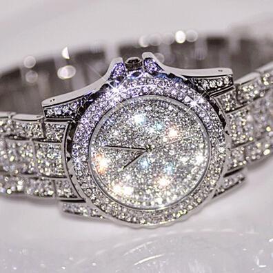 Montre de mode Bling Analog Quartz Ladies Watch Wristwatch plaqué or pour vente de mode de luxe montres diamant bijoux montres boutique