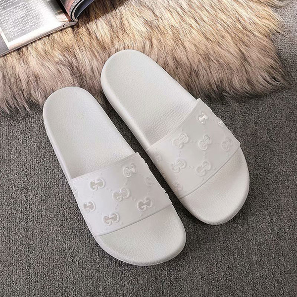 top popular 2020 Luxury Mens Womens Summer Sandals Beach Slide Casual Slippers Ladies Comfort Shoes Print Leather Openwork letters 35-45 With Box 5683 2020