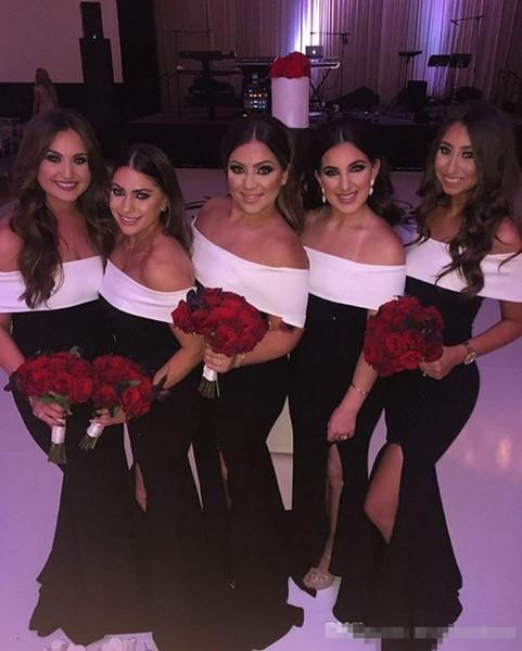 2019 Vestidos de dama de honor con hombros descubiertos en blanco y negro Sirena con vestidos de dama de honor divididos Vestidos formales de invitados de boda de talla grande baratos